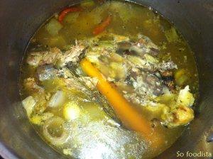 Bouillon de poule maison (3)