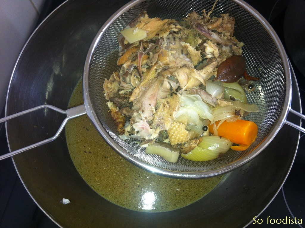 bouillon de poule so foodista