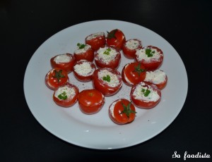 Tomates cocktail farcies au Boursin (1)