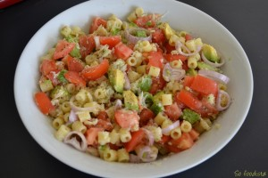 Salade de pâtes crabe avocat (1)