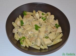 Sauté de dinde, crème, moutarde et champignons (1)