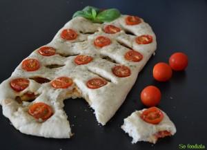 Fougasse tomates cerises et parmesan (2)