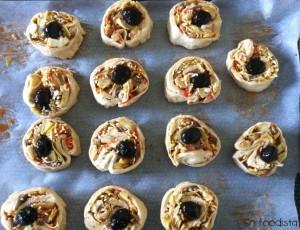 Pizza roulée aux anchois et aux coeurs d'artichauts (2)