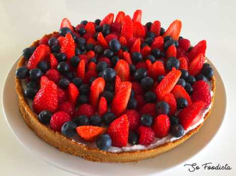 Tarte low carb aux fruits rouges et chantilly coco (10)