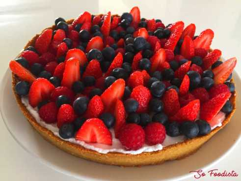 Tarte low carb aux fruits rouges et chantilly coco (11)