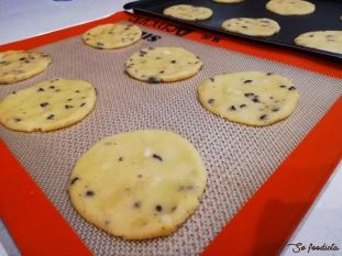 Biscuits macadamia et pépites de chocolat (2).jpg