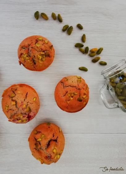 muffins-pistaches-framboises-1.jpg