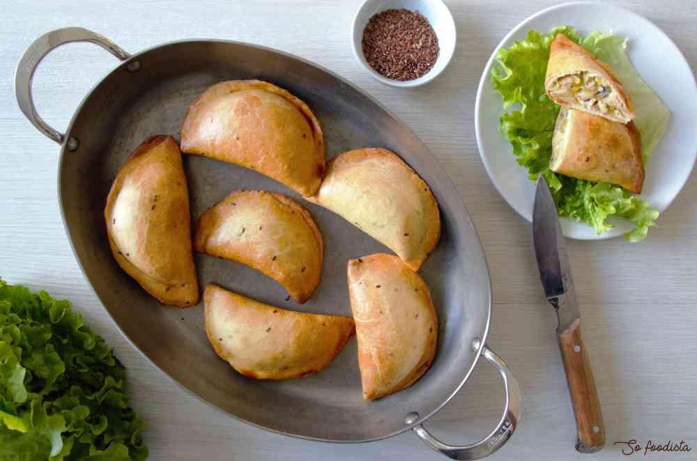 Chaussons poireaux poulet béchamel (1)